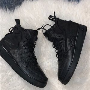 Used Nike Air Force 1's